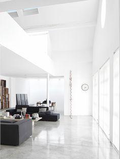 Floor love and minimalism