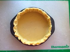 Foolproof Pie Crust in the Thermomix Thermomix Pan, Thermomix Desserts, Easy Desserts, Dessert Recipes, Pie Dough Recipe Easy, Cheesecakes, Bellini Recipe, Savoury Baking, Just Cakes