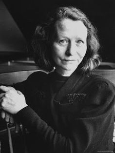 "Tuesday Poem: ""I am not resigned"", Edna St Vincent Millay Edna St Vincent Millay, Female Poets, Open Relationship, American Poets, Book Writer, Classic Literature, Playwright, Women In History, Life Magazine"