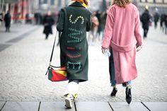 Lo street style dalle sfilate dell'Haute Couture di Parigi da cui prendere spunto ora!