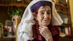 Meet #Algeria's #tattooed #women In Algeria's #Auresmountains, a #Chaouia lady's magnificence was as soon as judged by her #tattoos. However now, these fading etchings are a supply of ache for the group's older ladies http://eyecatchyinfo.com/meet-algerias-tattooed-women