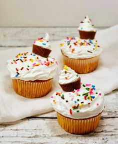 Mini Cupcake Cupcakes from Life With 4 Boys. How cute are these? #recipe #yummy #easy #kids #fun #DIY #partyideas #birthdays #treats #sweets