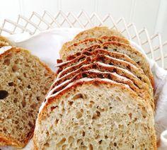 Boller med sprø kaneltopping - Bakeprosjektet Norwegian Food, Danish Food, No Knead Bread, Bread Recipes, Banana Bread, Food Photography, Sandwiches, Food And Drink, Baking