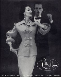 Lilli Ann 1955 - Dorian Leigh Buckles and Bows 1955 Look Retro, Look Vintage, Vintage Mode, Vintage Glamour, Vintage Beauty, Vintage Ladies, Fifties Fashion, Retro Fashion, Vintage Fashion