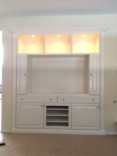 Turn a closet into a built in entertainment center for Media center built in ideas