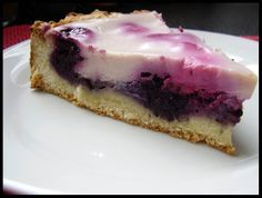 Kuchen de mora Traditional recipe from southern Chile, this delicious blackberry kuchen, is a recipe worth making. Berry Smoothie Recipe, Easy Smoothie Recipes, Easy Smoothies, Good Healthy Recipes, Sweet Recipes, Snack Recipes, Coconut Recipes, Cream Recipes, Homemade Frappuccino