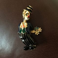 #Vintage #Jewelry Vintage brooch/pin - Clown With Flowers #Christmas #Gifts