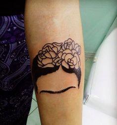 Esta oda a Frida Kahlo: | 24 tatuajes feministas que vas a querer hacerte ahora mismo