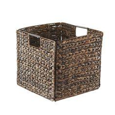 Regalkorb in Braun aus Wasserhyazinthe - stilvoll und praktisch