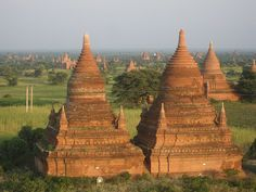 buddhist temples / burma