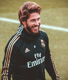 Best Football Players, Soccer Players, Football Team, Real Madrid Team, Real Madrid Football Club, Sergio Ramos Long Hair, Ronaldo Madrid, Ronaldo Juventus, Sports Channel
