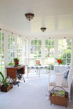 Hearthstone Farm - Sunroom traditional porch