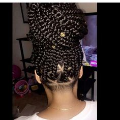"""8,352 Likes, 24 Comments - Magazine made for women (@curlyhairmag) on Instagram: """"💕 @stylishbraidsanddreads - Ig: @ her #hair #hairstyle #naturalhair #healthyhair…"""""""