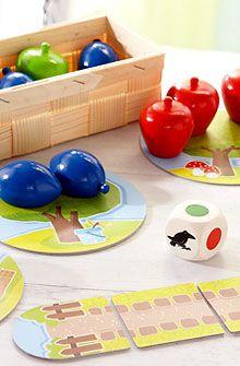 Haba - Mon premier verger A partir de 2 ans. Ce jeu favorise la reconnaissance et la différenciation des couleurs et sensibilise aux nombres. Fabriqué en Allemagne.