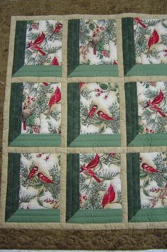 The Sence Looks Through Many Windows Many Type Of Red Birds Perched On A Tree Each Different Drawing In Each Square Quilt Christmas Quilt Patterns, Quilt Block Patterns, Quilt Blocks, Christmas Quilting Projects, Patchwork Quilt, Bird Quilt, Quilt Studio, Vogel Quilt, Attic Window Quilts