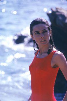 15 rarely seen vintage photos of style icon Audrey Hepburn.