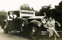 What a great car! 1940, UK http://www.ancientfaces.com/photo/margaret-clara-pilcher/1288259…