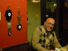 """""""Sono nato a Jenin, con passaporto giordano, nel 1960 e fino alla fine delle scuole superiori sono stato in Palestina."""" Questo è solo l'inizio. Questa settimana Slow Words vi fa conoscere Hisham e la sua storia tenace, infaticabile. Un happy end con infinito amore per Milano. Ancora oggi."""