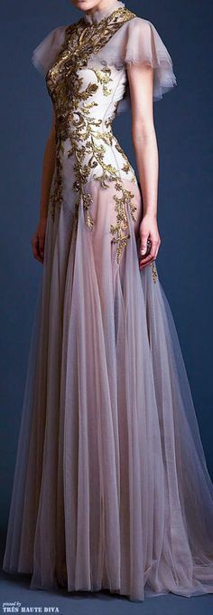 I'm putting this on my Steampunk board cuz I think it has some amazing possibilities! ==> Krikor Jabotian Couture S/S WOW! I'm putting this on my Steampunk board cuz I think it has some amazing possibilities! ==> Krikor Jabotian Couture S/S Beautiful Gowns, Beautiful Outfits, Look Fashion, Fashion Design, 2000s Fashion, Fashion Black, Gothic Fashion, High Fashion, Fashion Beauty