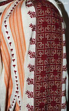 Romanian blouse detail. Adina Nanu collection