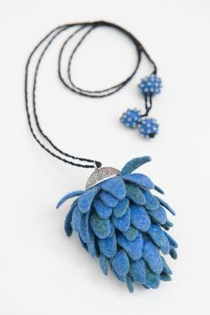 DHG Charity Project 2016. Periwinkle by Shelley Jones.  Felted necklace so elegant and charming.  Piece made with DHG Extrafine Merino Wool and Yak.  http://www.dyeinghousegallery.com/en/galleria/shelley-jones/   Photo credit Agnese Morganti/lemissmatch https://www.facebook.com/lemissmatch/