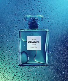 Chanel N. Product photography Chanel N. Still Life Photography, Vintage Photography, Beauty Photography, Product Photography, Cosmetic Photography, Photography Ideas, Advertising Photography, Commercial Photography, Perfume Versace