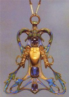 Art Nouveau artists - Lalique Jewelry. Pendants #TuscanyAgriturismoGiratola