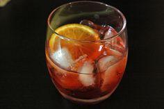 Americano: 1 ounce Campari liqueur 1 ounce sweet vermouth Chilled club soda