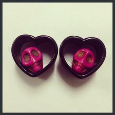 20mm Skull Heart Ear Plugs by TeacupRose on Etsy, $22.00