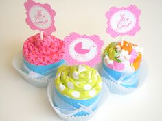 How to: Burp Cloth Cupcakes