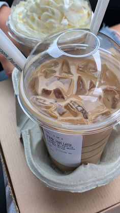 Bebidas Do Starbucks, Starbucks Drinks, Starbucks Coffee, Iced Latte, Iced Coffee, Iced Mocha, Food Porn, Milk Shakes, Tasty