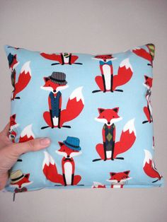 Hey, I found this really awesome Etsy listing at https://www.etsy.com/listing/185818375/cushion-elegant-foxes-pillow-decorative