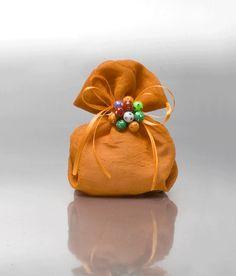 ΜΠΟΜΠΟΝΙΕΡΕΣ ΒΑΠΤΙΣΗΣ ΠΟΥΓΚΙ - Είδη γάμου & βάπτισης, μπομπονιέρες γάμου | tornaris-rina.gr Coin Purse, Wallet, Purses, Handmade Purses, Wallets, Bags, Diy Wallet, Handbags, Coin Purses