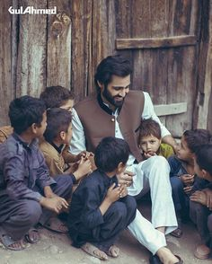 #HasnainLehri #shot #by #brilliantartist #masterly @abdullahharisfilms Gul Ahmed campaign august2016 - concept/shoot: @abdullahharisfilms - starring @hasnainlehri #gulahmed #campaign #winters #hasnainlehri #shoot #photo #children #naraan #life #journey #travel #abdullahharisfilms