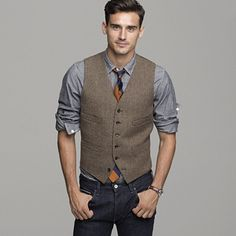 2017 British Brown Wool Tweed Vest Men's Suit Vest Slim fit Groom Vest Vintage Wedding Waistcoat UniqueMens Dress Vest Plus Size Sharp Dressed Man, Well Dressed Men, Groom Vest, Groomsmen Vest, Groom In Jeans, Casual Groomsmen Attire, Wedding Waistcoats, Wedding Vest, Wedding Suits