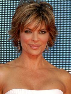 Lisa Rinna Hairstyles | Sep 16, 2007 | Daily Makeover