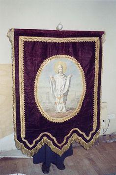 Eglise Saint-Martin à Bournan (37240) - La bannière de Saint-Martin (date du XIXe siècle, et est inscrite au titre des monuments historiques).