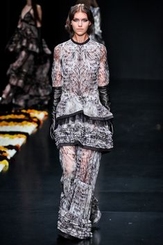 Roberto Cavalli Fall 2012 Ready-to-Wear Collection Photos - Vogue