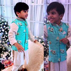 Baby Birthday Dress, Baby Boy Dress, Baby Girl Dresses, Kids Indian Wear, Kids Ethnic Wear, Indian Baby, Mom And Son Outfits, Baby Boy Outfits, Kids Outfits