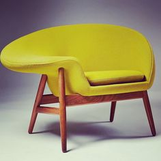 The Fried Egg chair. - produced by Bramin of Denmark in 1956. #EggChair