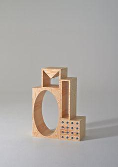 A Delightfully Geometric Modular Shelving System