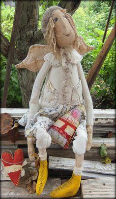 Angel Primitive Folk Art, Primitive Crafts, Doll Head, Doll Face, Beaded Angels, Sock Dolls, Doll Crafts, Christmas Angels, Fabric Dolls