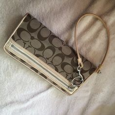 Coach clutch wallet- Authentic! Final reduction!! Good condition. Signs of wear, has some small stains and scuffs but the inside is pretty clean. Coach Bags Wallets