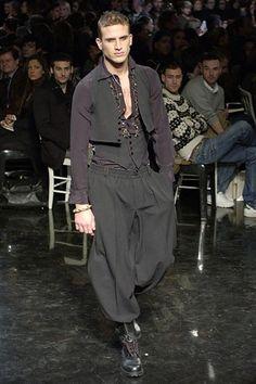 Jean Paul Gaultier Fall 2006 Menswear Collection Photos - Vogue