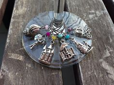 Summer Themed Wine Glass Charms (beach, ocean, sea, vacation, island) by Lizzie Lou https://www.etsy.com/shop/LoveLizzieLou