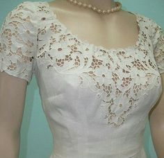#beyaziş#elbise#zarif..sade..ve çok şık..beyaziş her şeye yakışıyor💕💕🌹🌹