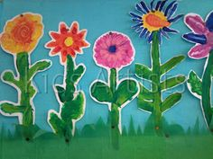 Spring Flower Crafts for Kids Spring Art Projects, Spring Crafts, Artists For Kids, Art For Kids, Flower Crafts, Flower Art, Origami Sheets, Spring Painting, Kindergarten Art