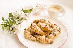 Einladung zum Essen: Blätterteig-Croissants mit Nutella