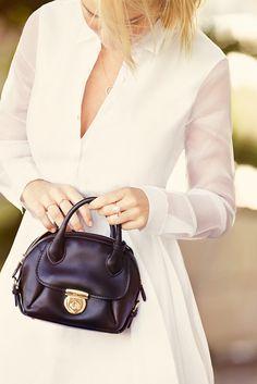@Who What Wear - Australian Model Lara Bingle Masters The Minimalist Look For Summer