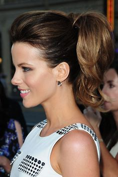 Hairstyles Ponytail High Pony Kate Beckinsale Ideas For 2019 Barbie Ponytail, Fancy Ponytail, Summer Ponytail, Teased Ponytail, Voluminous Ponytail, Stylish Ponytail, Elegant Ponytail, Perfect Ponytail, Colorful Hair